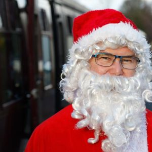 santa-special-steam-train-7
