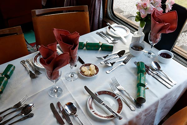 christmas lunch steam train